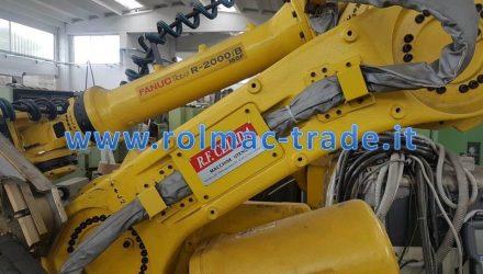 Robot FANUC  R-2000iB/165F usato